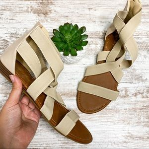 Dream Pairs NEW Cream Strappy Sandals Size 9